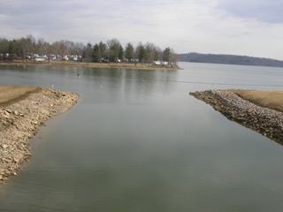 a view of Senecaville inlet from the damn